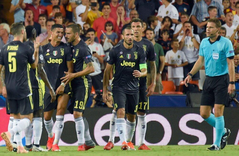 Kohtunik karistas Cristiano Ronaldot punase kaardiga