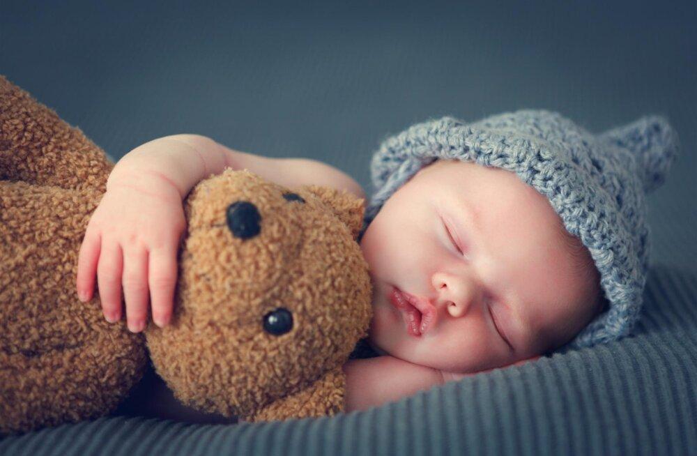 Laps ei maga ja sina samuti mitte? Need meetodid võivad nüüd suureks abiks olla!