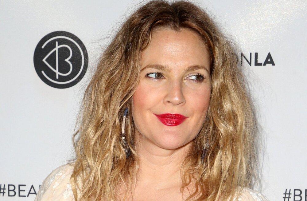 Näitleja Drew Barrymore avaldas, kuidas tema ilurutiin peale 40. sünnipäeva muutus ja sellest võib olla abi nii mõnelegi naisele