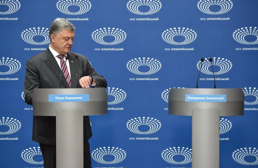 """Pühapäevasele """"debatile"""" ilmus ainult tagasivalimise eest võitlev Porošenko."""