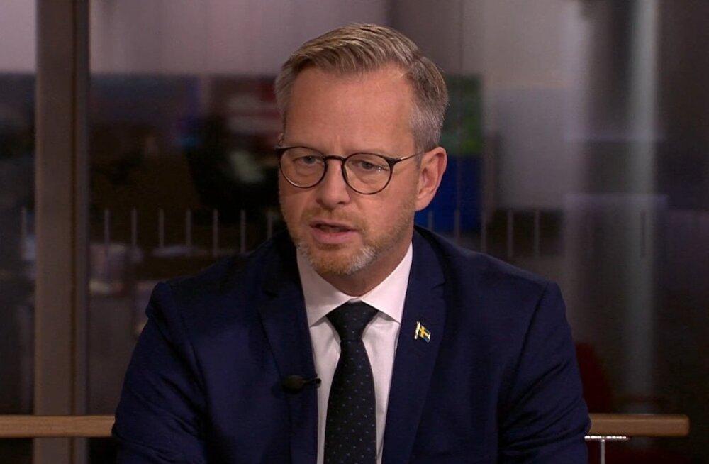 Rootsi siseminister oleks valmis uuteks sukeldumisteks Estonia juurde, kui õnnetuste uurijad seda vajalikuks peavad