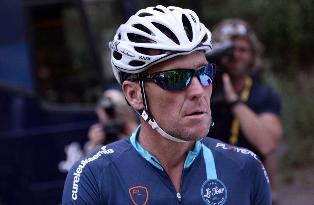 Lance Armstrong andis poja ning dopinguga seoses üllatava vastuse