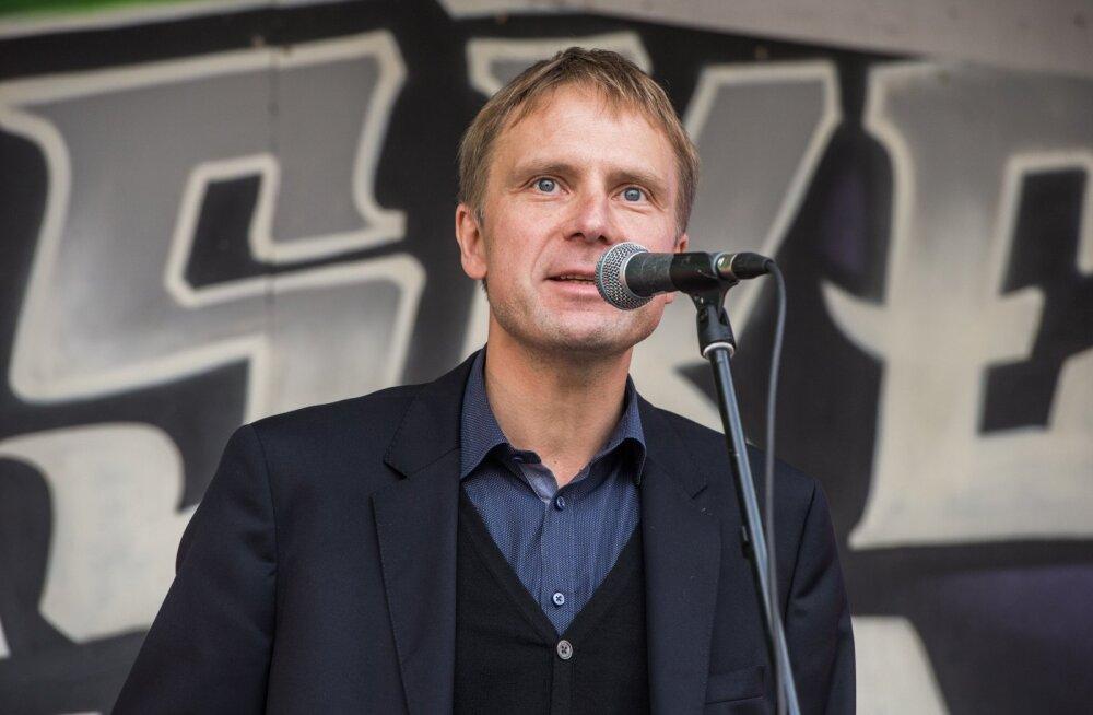 Erik-Niiles Kross