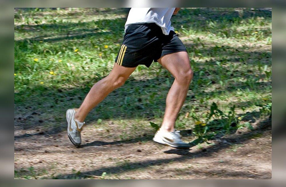 Septembrikuu spordisündmustest: sügishooaeg algas ümber järve jooksu seeriavõistlusega