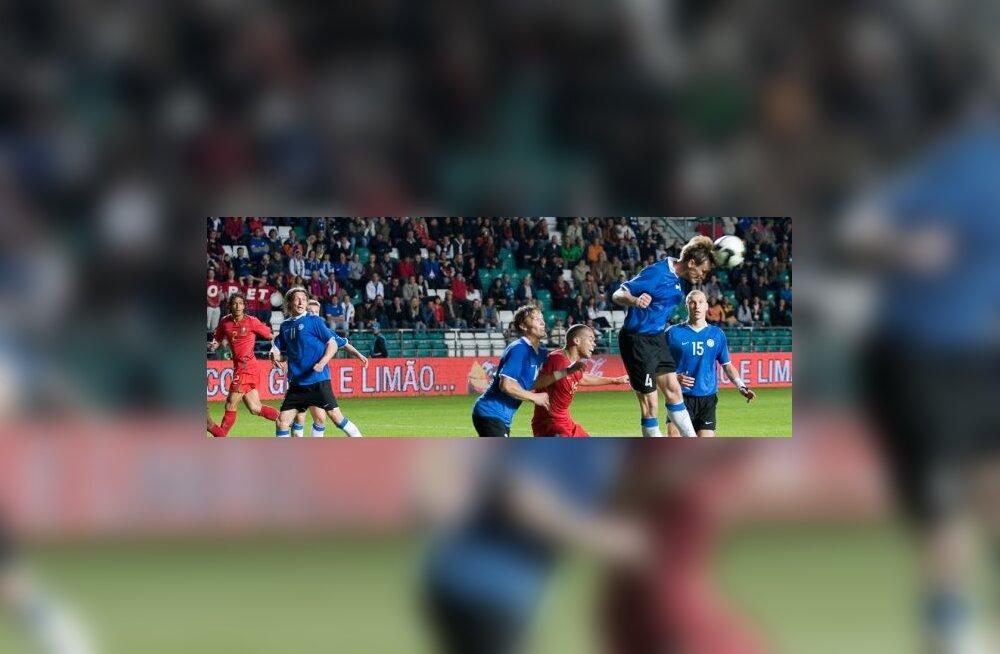 Raio Piiroja, Eesti jalgpall
