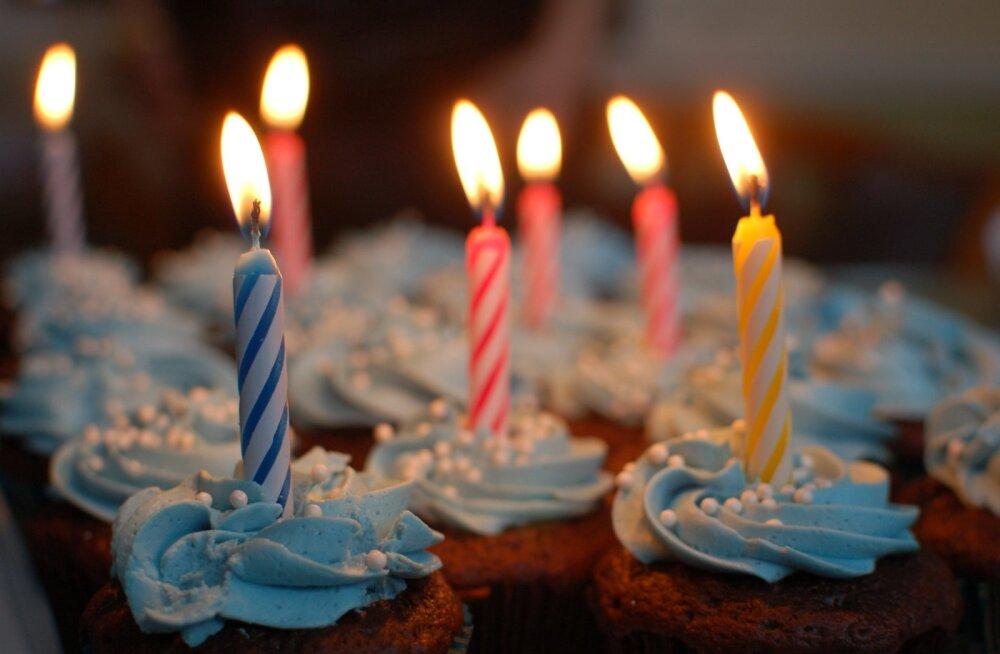 FOTO | Multikateemalise sünnipäevatordi tellinud naine sai humoorika üllatuse osaliseks