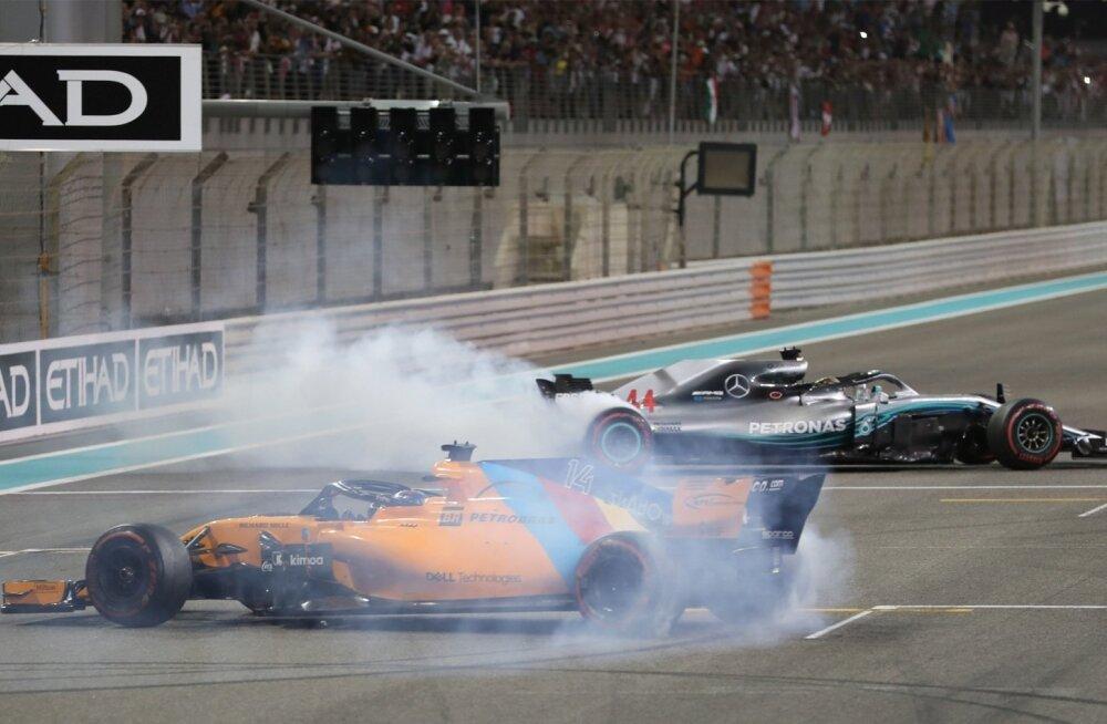 Maailmameister Lewis Hamilton ja F-1 karjääri lõpetanud Fernando Alonso tegid Abu Dhabi publikule sõud.