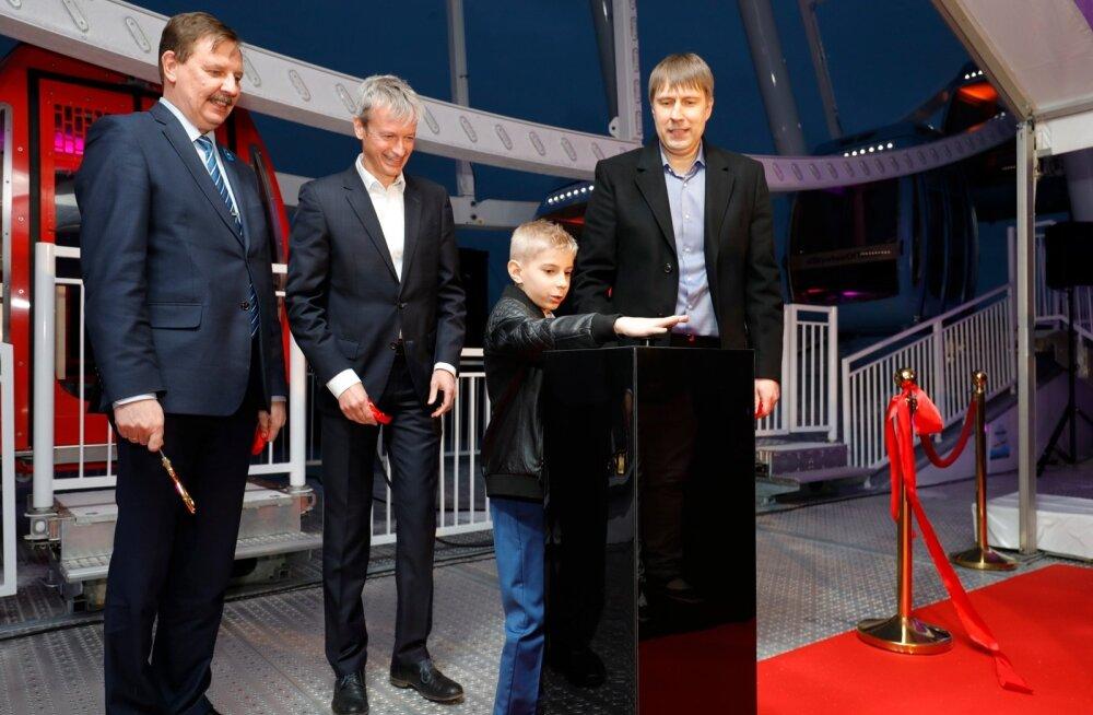 FOTOD | Hurraa! Pidulikult avati T1 Mall of Tallinna hiiglaslik vaateratas