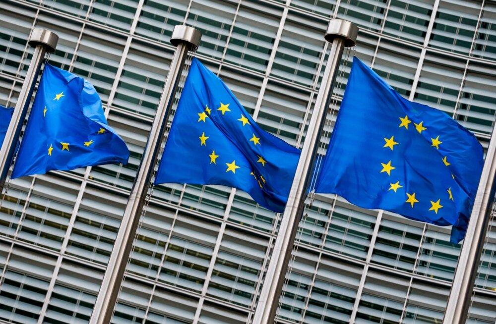 Euroopa Liidu lipud. Euroopa Komisjoni peahoone ees..