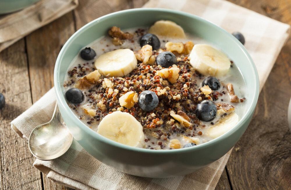 Aluseline toit: hommikupuder kinoaga