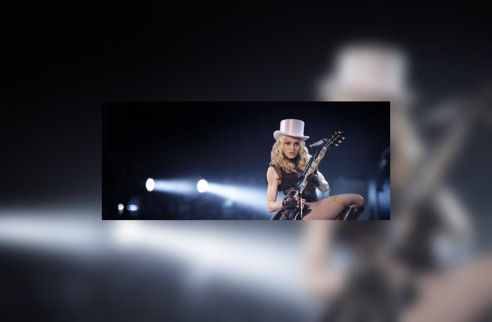 Rebane tõmbas Madonnaga Laubrelt tooli alt