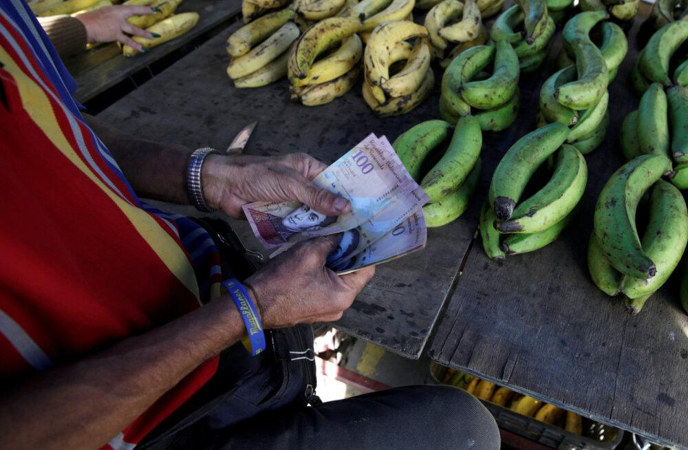 FOTOD: Venezuelalastel on 10 päeva rahavahetuseks