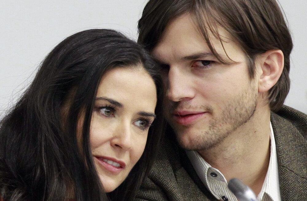 Demi Moore avalikustas abielu varjupoole: Ashton Kutcher pettis mind korduvalt ja survestas grupikat tegema