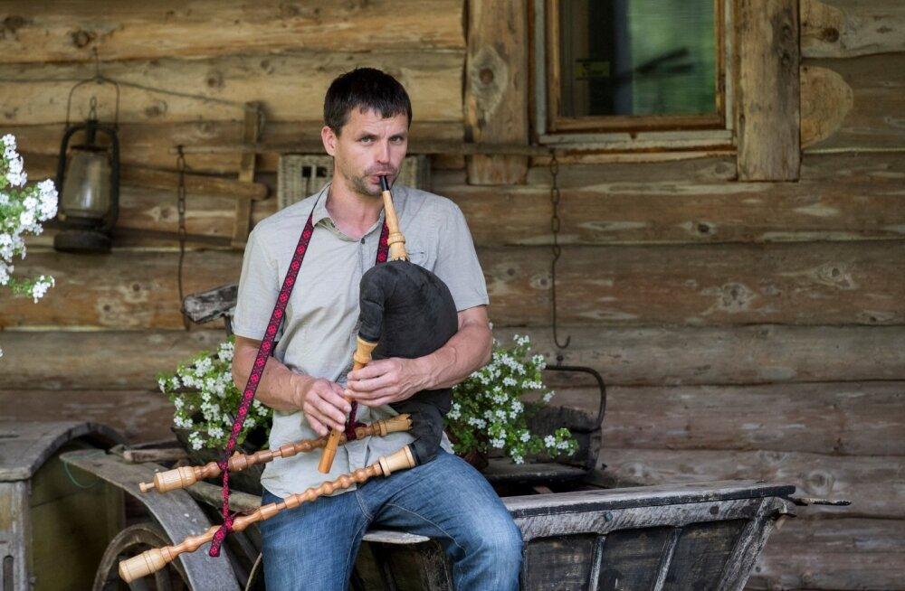 ФОТО и ВИДЕО: Возрождение традиции игры на волынке в Эстонии