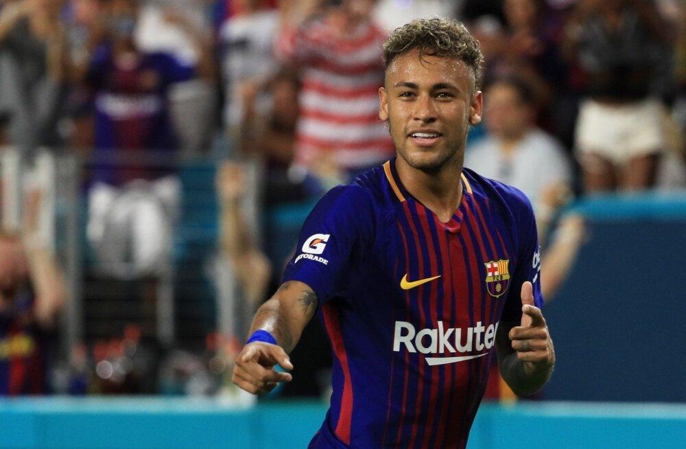 Neymar ihkab väidetavalt tagasi Barcelonasse.