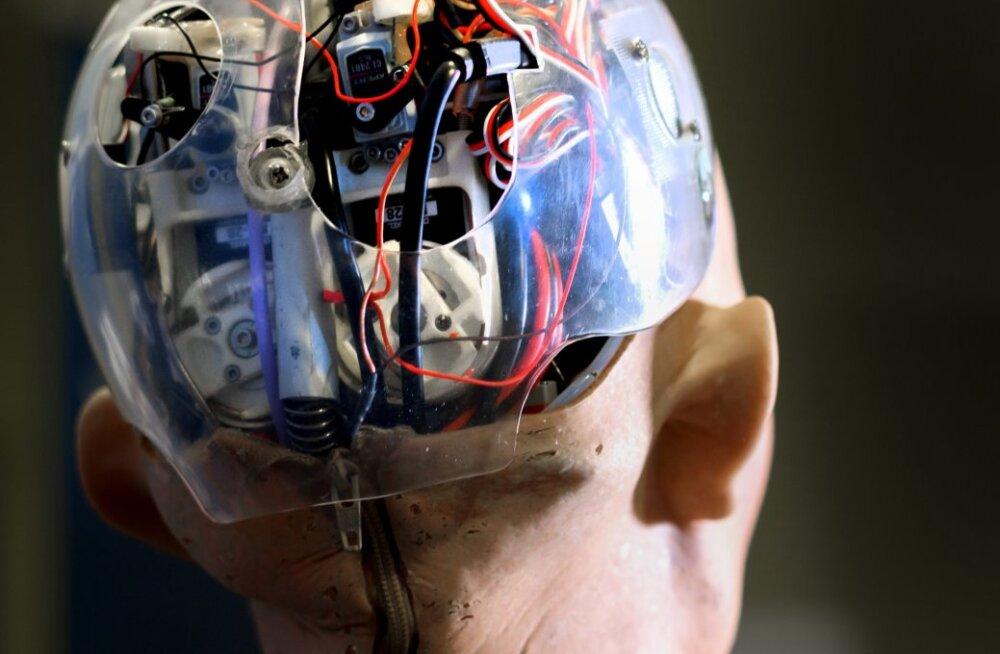 Tehisintellekti buum on sünnitanud müüdi arvutite üliintelligentsusest