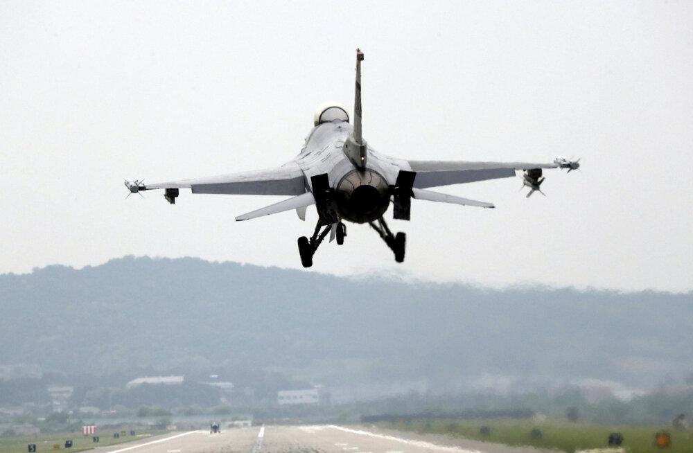 USA mõttekoda: laos olevad F-16 hävitajad võiks muuta autonoomseteks lahinglennukiteks