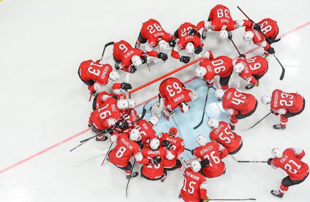 Šveitsi hokikoondis näitab MM-il head minekut.