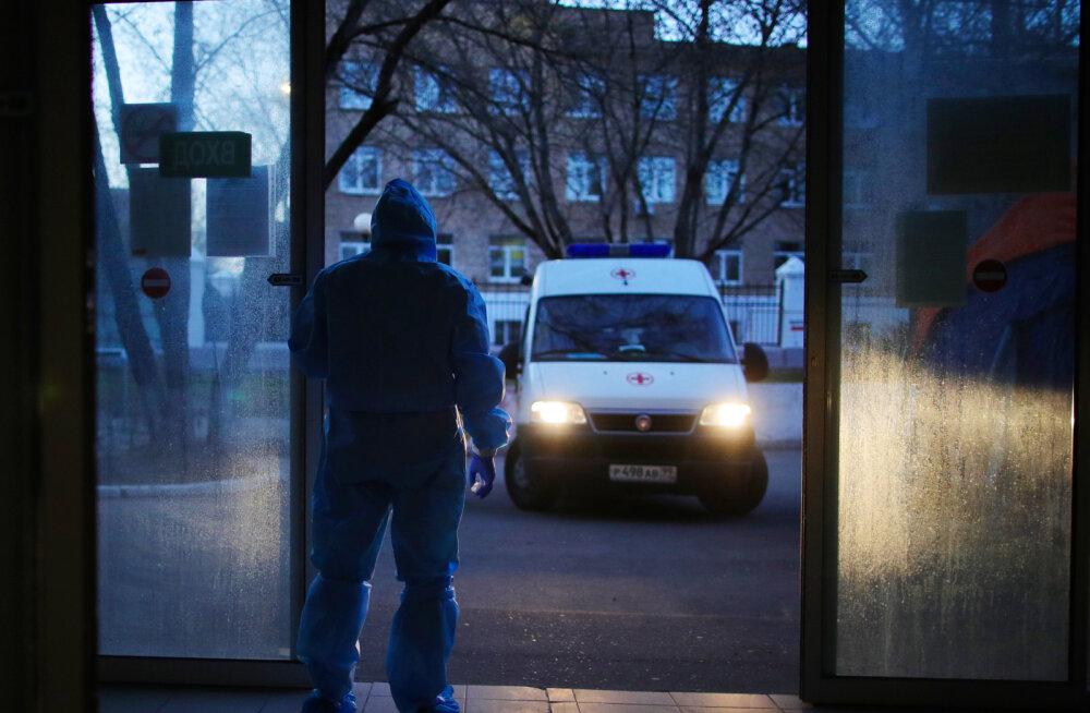 Venemaa Krasnojarski haigla peaarst 'kukkus' aknast alla