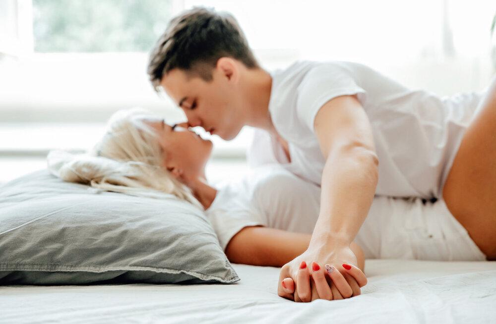 Teeskled orgasmi, aga ei tea, kuidas sellest nõiaringist pääseda? Siit leiad mõned head soovitused
