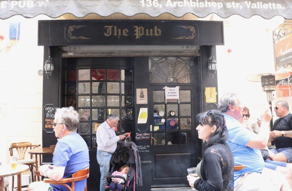 """Kuulus The Pub, mis sai """"Gladiaatori"""" Oliver Reedi viimaseks joomingukohaks"""