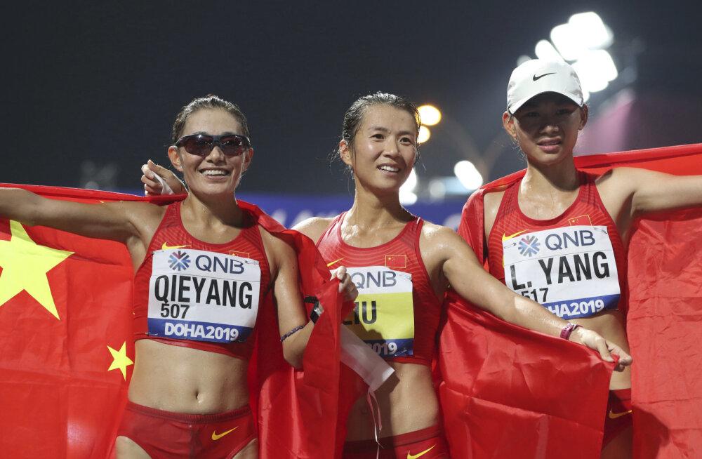 Hiinlannad võtsid kolmikvõidu