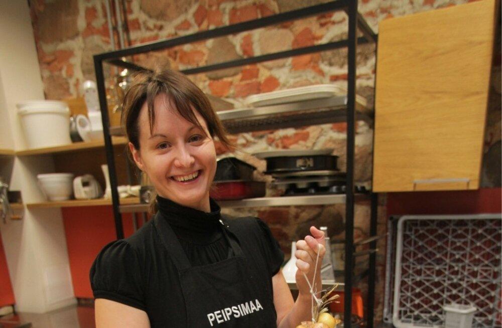Särav Triinu Akkermann on pühendunud Peipsimaa toidu tutvustamisele.