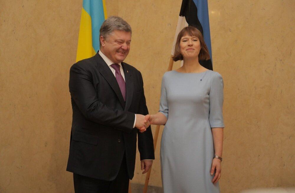 ФОТО и ВИДЕО DELFI: Петр Порошенко встретился в Кадриорге с Керсти Кальюлайд