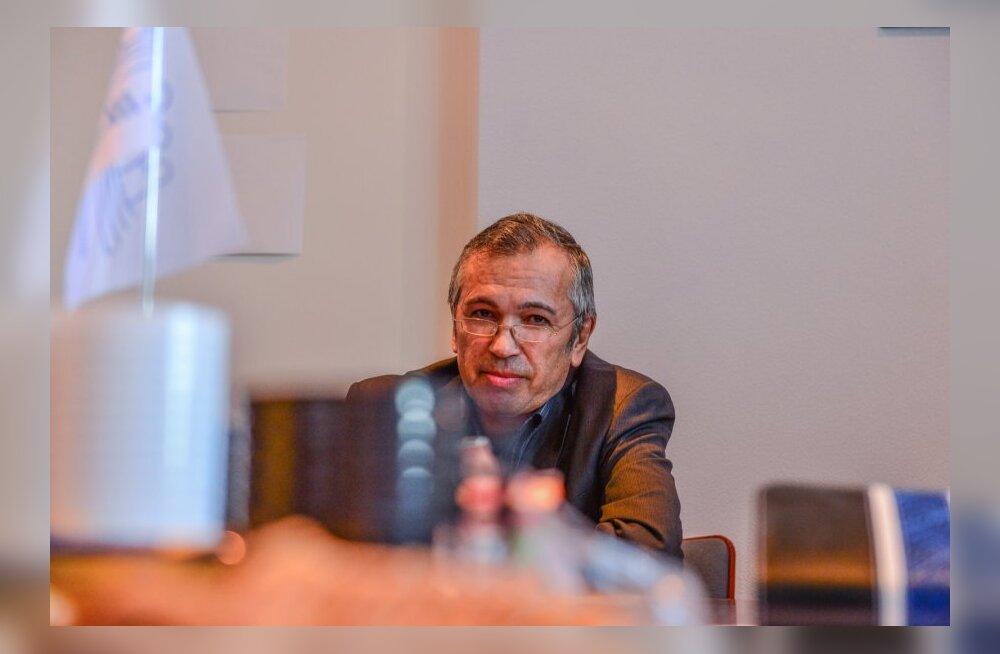 Vene diskussiooniklubi, Oleg Nazmutdinov