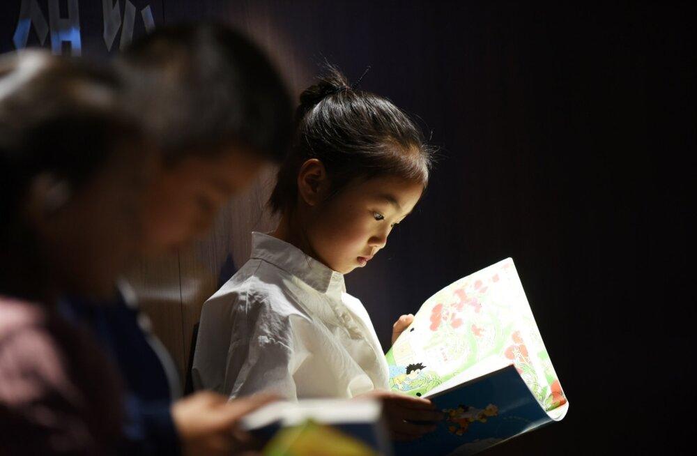 Palju rikkad hiinlased lahkuvad kodumaalt põhjendusega, et soovivad oma lastele paremat haridust.
