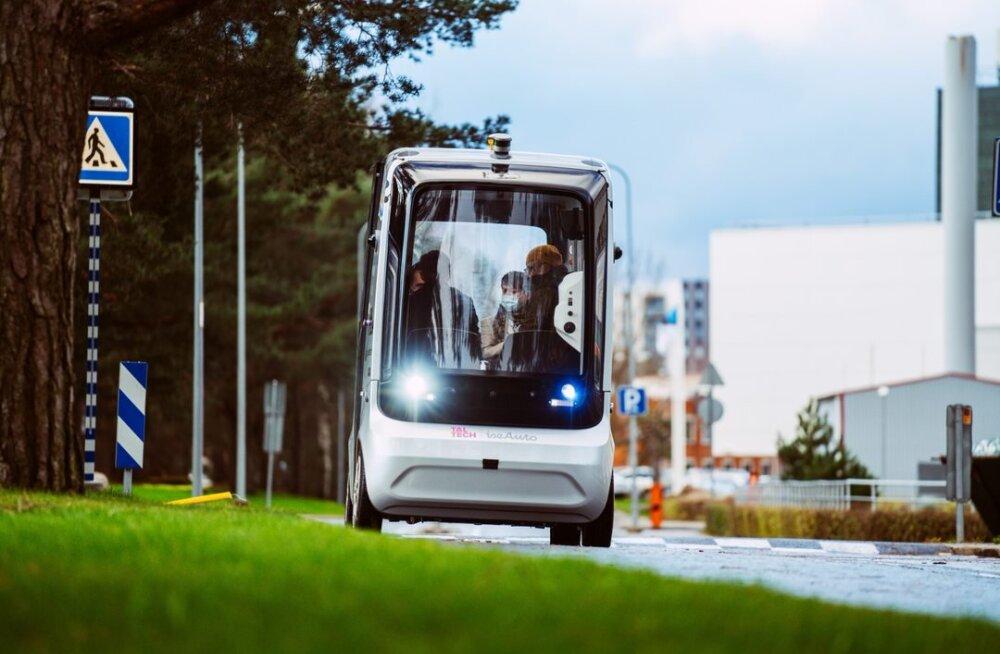 Mustamäe ülikoolilinnakus saab uuest nädalast isesõitva autoga liikuda
