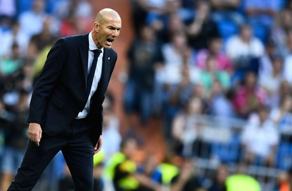 Zinedine Zidane ei ole saanud asju ladusalt jooksma.