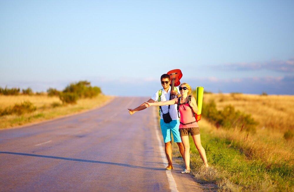 Работа мечты: путешествовать, ни в чем себе не отказывать и получать за это 2400 евро в месяц