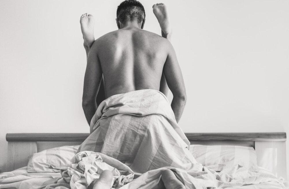 Kui mitu korda üks mees siis ikkagi tegelikult seksuaalvahekorra ajal orgasmi kogeb?