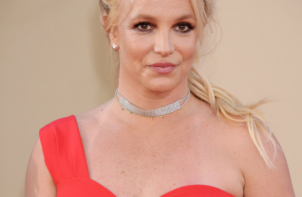 Britney Spearsi isa palus oma vastutaja staatus peatada: mõjuvaks põhjuseks on süüdistused lapselapse ründamises