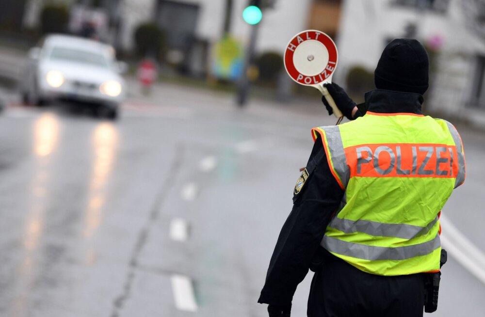 Berliini lähedal keeras purjus eestlane auto kraavi kummuli, kõrvalistmelt leiti tagaotsitav poolakas