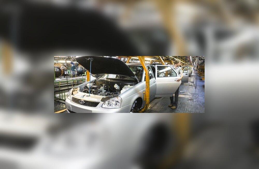 AvtoVAZ annab hundipassi 27 000 töötajale