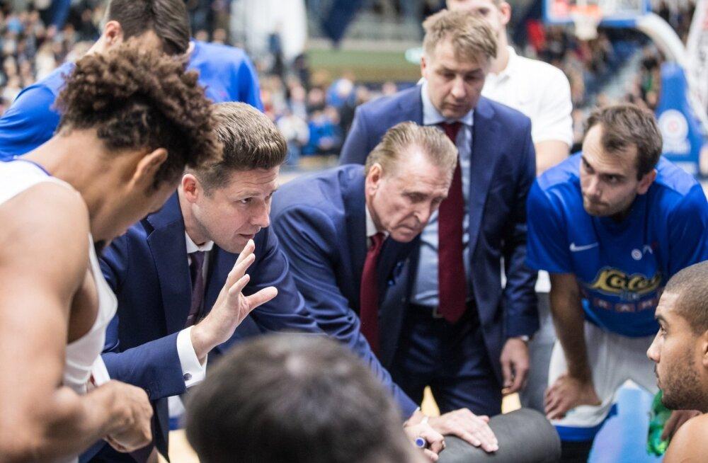Peatreener Donaldas Kairyst kuulavate Kalev/Cramo mängijate jaoks on hooaja soojendus läbi. Pühapäeval alustatakse VTB Ühisliiga mängudega.