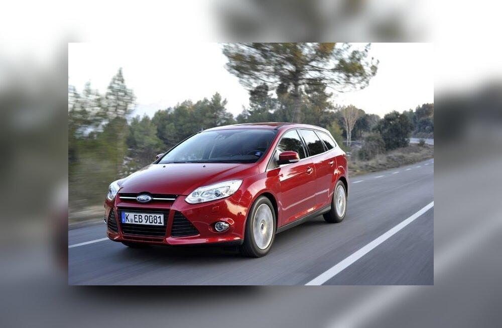 FOTOD: Ford näitas Pariisis krossoverit EcoBoost