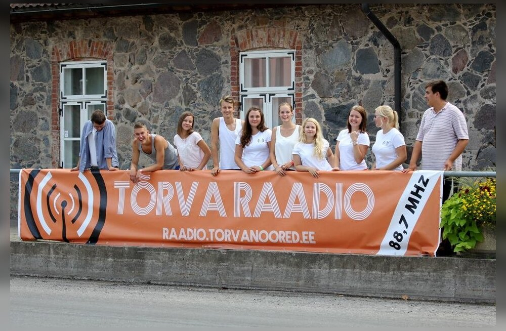 Noored panevad püsti oma raadio: Raadiohuvilised saavad Mihkel Raualt ja Heidy Purgalt pealinnas teadmisi
