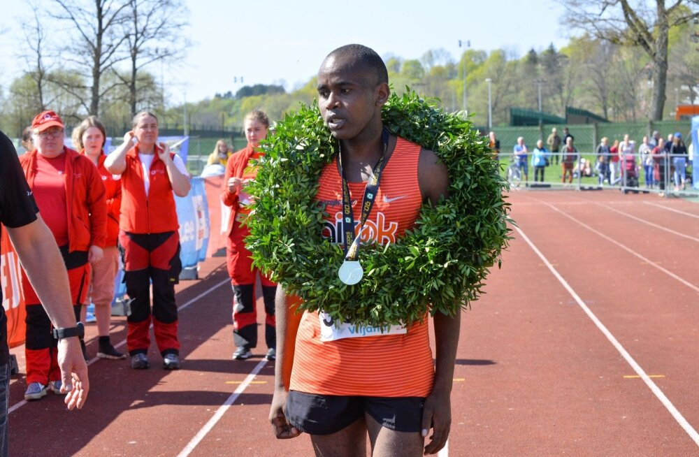 Ibrahim Mukunga Ümber Viljandi järve jooksu võitjana