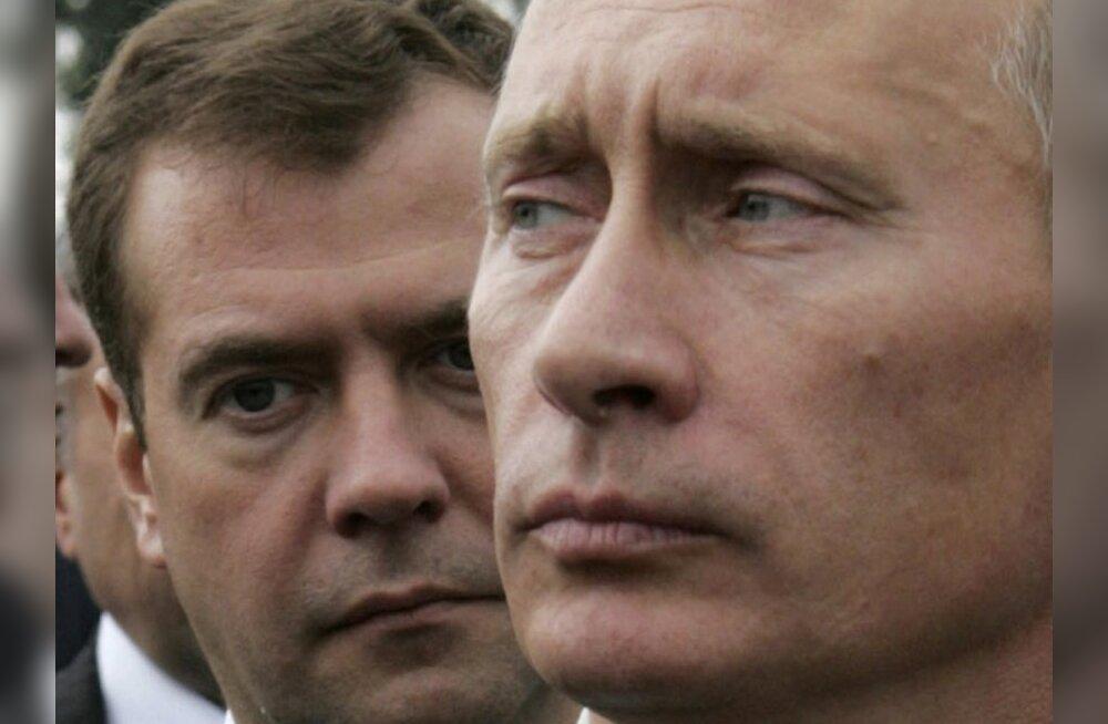 Medvedev pakkus uueks presidendiks Putini