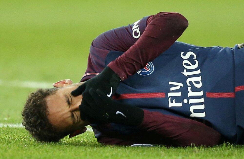 Vigastada saanud Neymar võib peagi väljakule naasta.