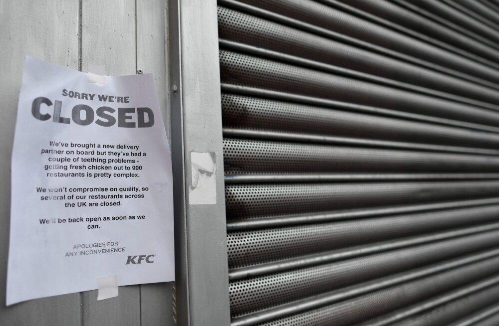 Britid tüütavad tühja-tähja pärast politseid ja parlamendiliikmeid