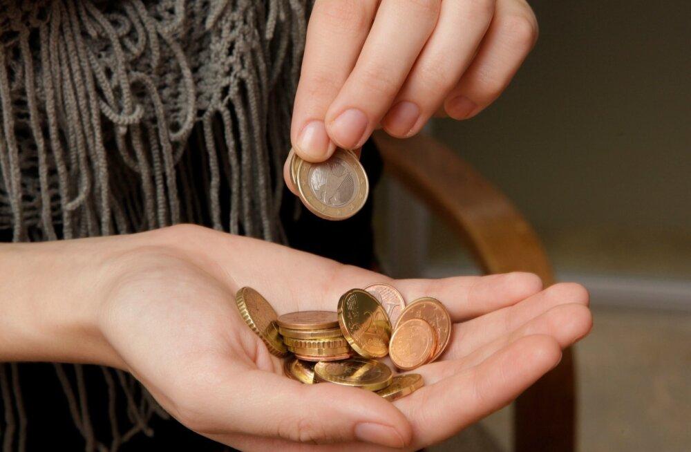 Madala palgaga Eesti naine: ma ei jõua enam rabeleda