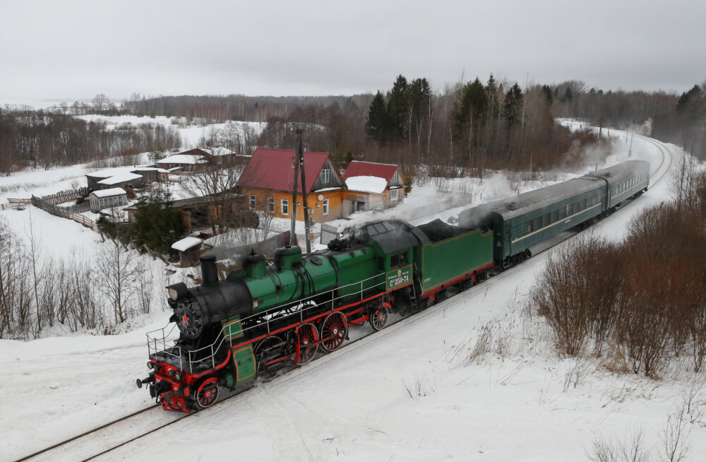 ВИДЕО. Назад в будущее: в Тверской области благодаря усилиям энтузиастов запустили единственный в России пригородный поезд на паровой тяге