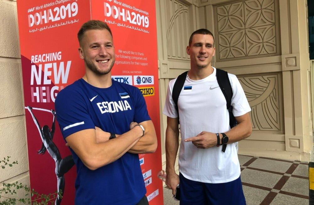 Maicel Uibo (paremal) ja Janek Õiglane olid homme algava kümnevõistluse eel lõbusas ja optimistlikus tujus.