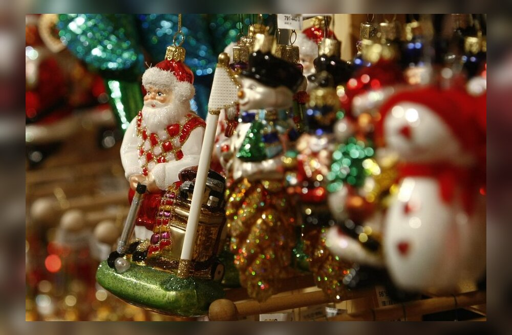 Abiks turundusjuhile: kuidas tellida firmale efektiivset jõulukaarti?