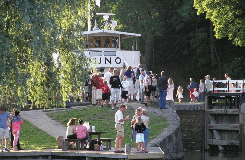 XIX sajandil ehitatud reisilaev M/S Juno peab Göteborgi ja Stockholmi vahel ühendust juba üle 130 aasta.