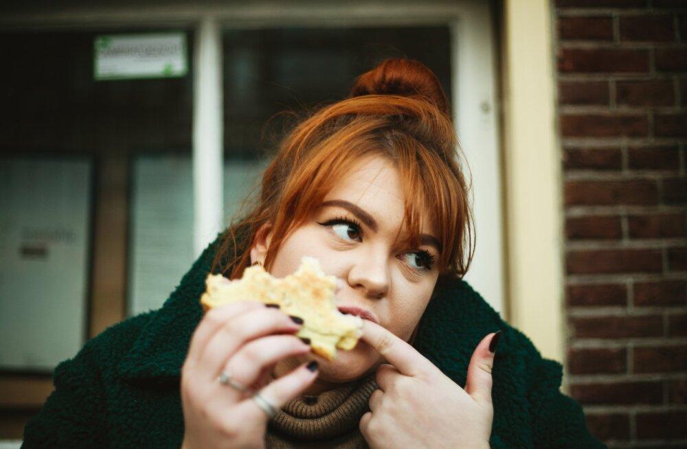 Toidusõltuvus on tõsine probleem ja ka sina vaevled selle küüsis, kui sul on need kuus tunnust